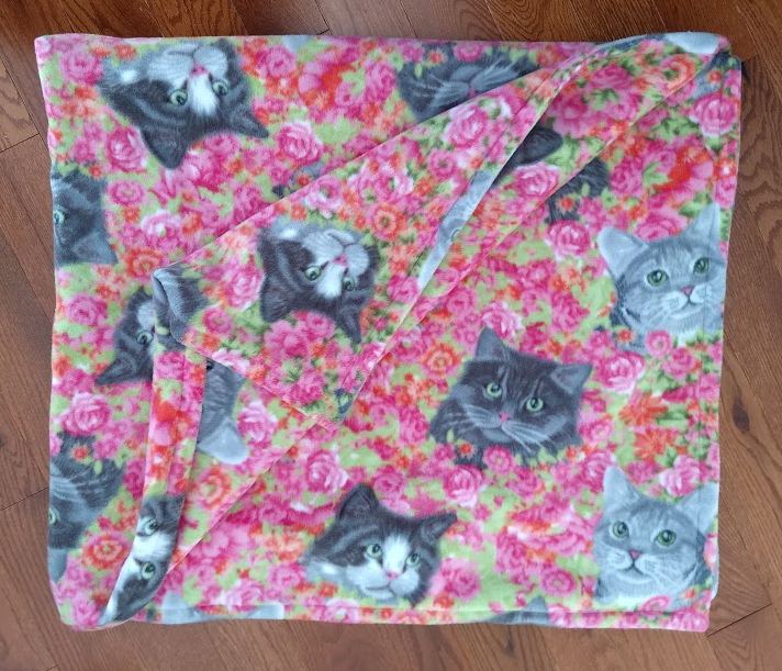 fleece kitty blanket